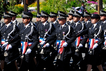 ENSP_trainees_Bastille_Day_2008