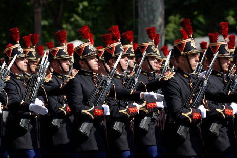 Republican_Guard_Bastille_Day_2013_Paris_t110510