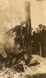 Seventeen-year-old Jesse Washington was accused of the crime, and shortly after a jury found him guilty, he was seized by a mob, chained and dragged to City Hall. Author Patricia Bernstein believes Washington was still alive in this photo