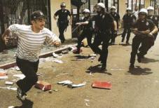 LA riots-cops