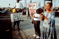 Photos of The 1992 Los Angeles Riots (12)