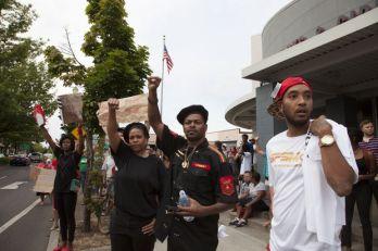 portland-protest-for-fergusonjpg-2ded373e3eb60dbe