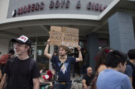 portland-protests-for-ferguson-3jpg-64996e73da9ff06b