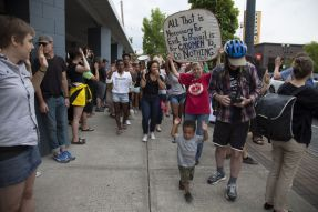 portland-protests-for-ferguson-6jpg-ea6859ab89c35995
