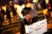 protestor.jpg.CROP.promovar-mediumlarge